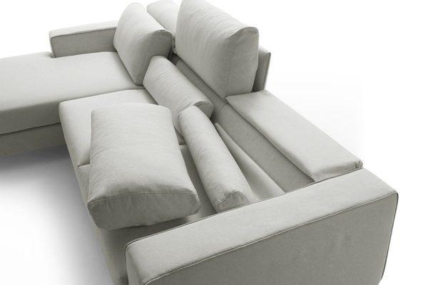 carol-piede-acciaio-soluzione-cuscino