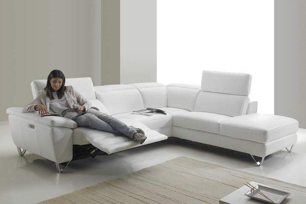 nisida-bianco-model-2