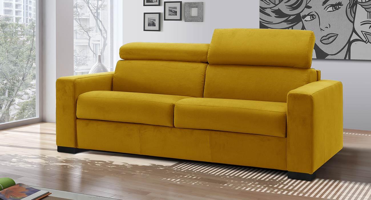 Divano giallo made in Italy